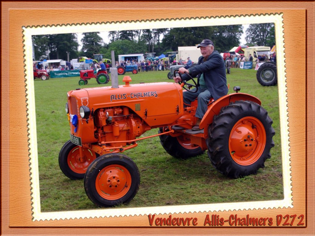 Le tracteur Allis-Chalmers type D272 diesel Perkins 3 cylindres.